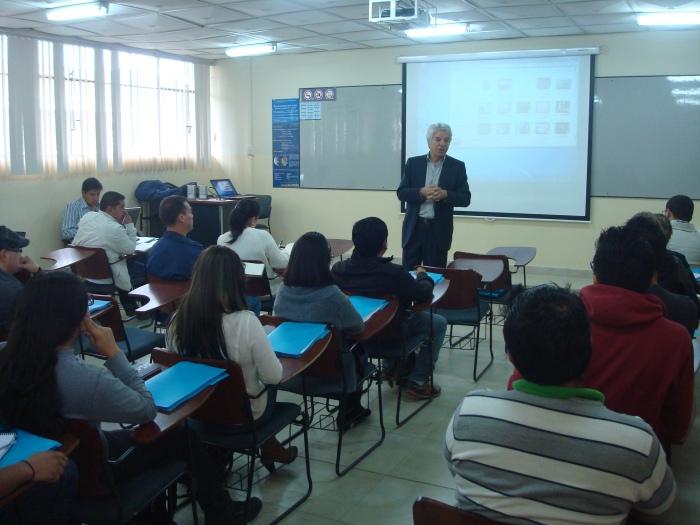 Prof. Rocco Oppedisano imparte «Taller Mater Class de Producción Cinematográfica» en UTPL Ecuador