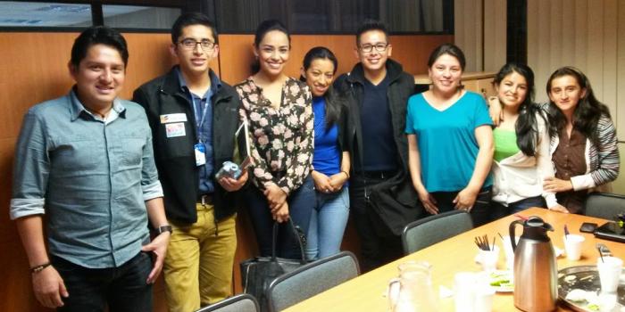 (i-d) Carlos Ortiz, Joe Arévalo, Jeaninne Cruz, Cecibel Marín, Luis Francisco Valdivieso, Verónica González, Germania Quezada y Johanna Moreno.